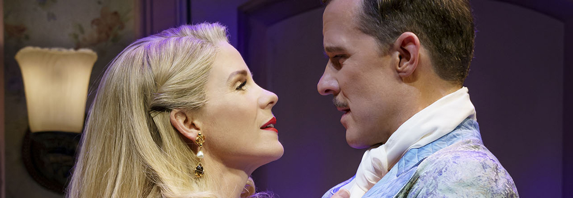 Kelli OHara and Will Chase as Lilli Vanessi and Fred Graham in Kiss Me, Kate at Roundabout Theatre Company. Photo by Joan Marcus.