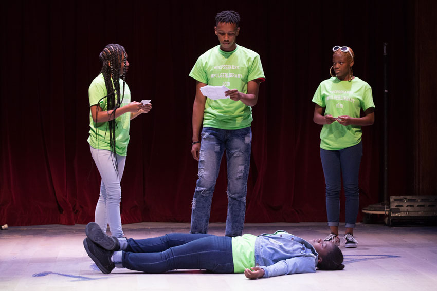 DCPS students perform a Shakespeare scene at the 2018 Cornerstones Festival at the Folger. Photo by Teresa Wood.