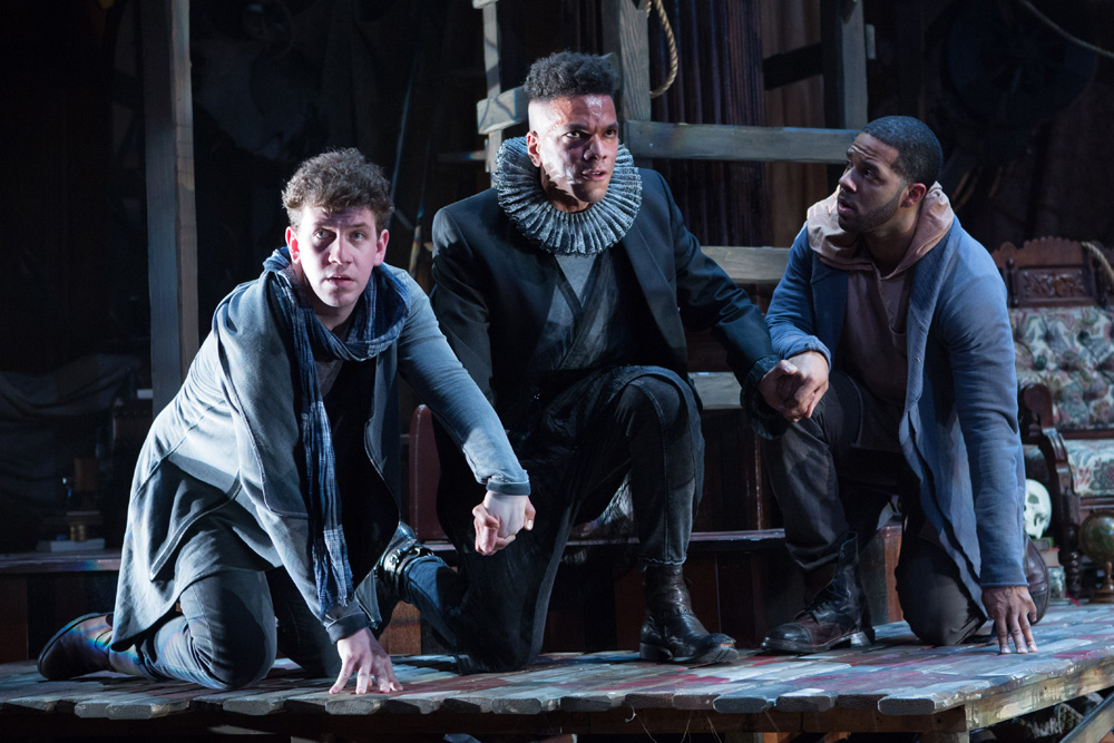an analysis of the killing of rosencrantz and guildenstern in hamlet The play begins with guildenstern and rosencrantz to rosencrantz and guildenstern, recounts the events of hamlet and rosencrantz and guildenstern are dead.