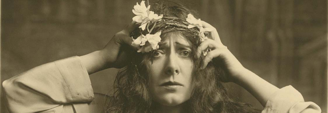 Julia Marlowe as Ophelia in Shakespeare's Hamlet