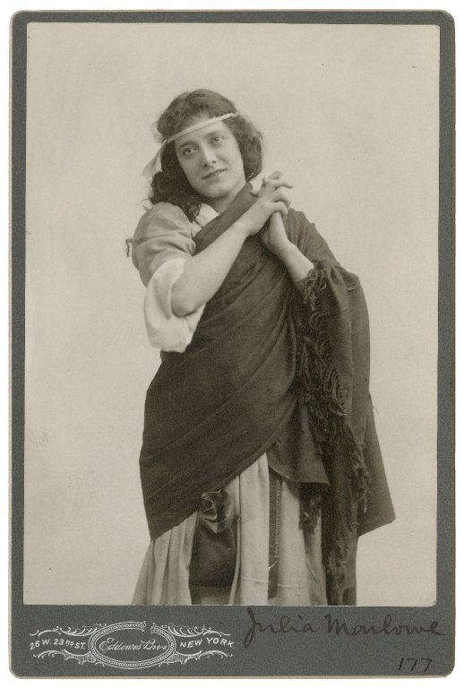 Julia  Marlowe as Cordelia (late 19th or early 20th century)